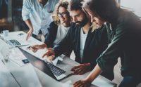 Cómo escoger un sistema de gestión de turnos laborales